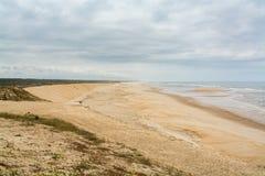 Leirosa海滩在菲盖拉达福什,葡萄牙 免版税库存照片