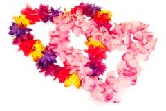 Leis havaianos na forma do coração Fotografia de Stock Royalty Free