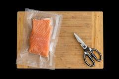 Leiste des Lachses verpackt für das Einfrieren lizenzfreie stockbilder