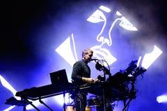 Leistung der Freigabe (englisches Duo der elektronischen Musik) an Ton-Festival 2014 Heinekens Primavera (PS14) Lizenzfreie Stockfotografie