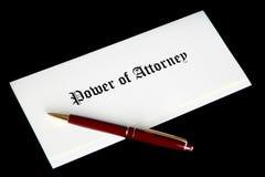 Leistung des gesetzlichen Dokumentes des Rechtsanwalts Lizenzfreies Stockbild