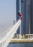 Leistung des Teilnehmers an den Wettbewerb für den Fliegeneinstieg bei SkyDiveDubai Stockfotos