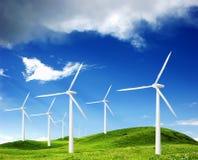 Leistung, die Windmühlen festlegt Stockfoto
