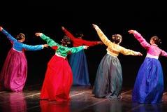 Leistung koreanischen traditionellen Tanzes Busans stockfotos