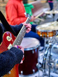 Leistung von Straßenmusikern Stockbilder