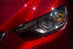 Leistungs-Auto-Scheinwerfer schließen heraus Lizenzfreie Stockfotos