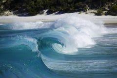 Leistungsfähige abbrechende Welle Stockbilder