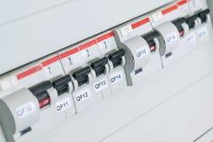 Leistungsschalter, differenzialer Leistungsschalter, schützendes Ausschnittgerät Stockbild