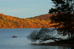 Leisure Canoeing - Exotic Autumn - New Jersey Park Royalty Free Stock Images