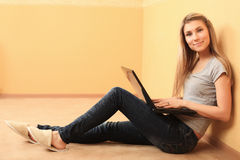 Leisure with laptop Royalty Free Stock Photo