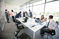 Leisurely discussion business people Royalty Free Stock Images