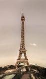 Leitartikel, am 13. Mai 2016: Paris, Frankreich Eiffelturmsonnenuntergang konkurrieren Stockfotografie
