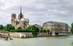 Leitartikel, am 13. Mai 2016: Paris, Frankreich Traditionelles Paris-stree Lizenzfreie Stockbilder