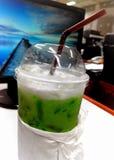 Leite do chá verde fotos de stock