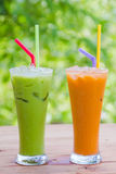 Leite tailandês do chá de gelo fotos de stock royalty free