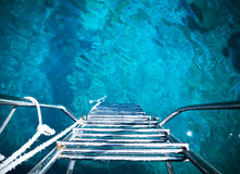 Leiter zum Meer Stockbilder