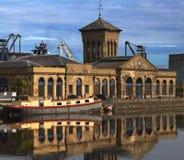 Leith mette in bacino Edinburgh di costruzione Immagini Stock Libere da Diritti