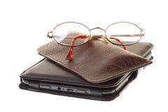 Leitor do eBook dos vidros isolado no branco Imagem de Stock Royalty Free