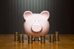 Leitung Ihres Geldes Stockbild