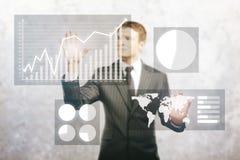 Leitungsgeschäftsdiagramme des Geschäftsmannes Stockbild