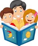 Leitura do pai dos desenhos animados com suas crianças Imagens de Stock