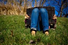 Leitura e relaxamento Foto de Stock Royalty Free