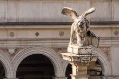 Lejon av St Mark av den tidigare Venedig republiken Royaltyfri Fotografi