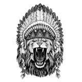 Lejon som bär det lösa djuret som bär den indiska hatthuvudbonaden med stam- illustraton fjäderBoho för etnisk bild stock illustrationer