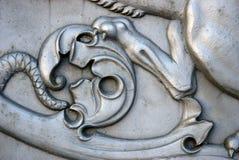 Lejonet tafsar Konung Cannon i MoskvaKreml Arkivfoton