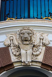 Lejonframsida i storslagen slott Royaltyfria Bilder