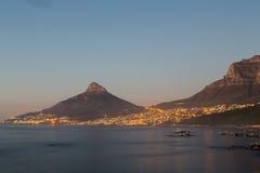 Lejonhuvud på solnedgången - Cape Town, Sydafrika Royaltyfri Foto