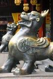 Lejonskulptur shanghai Arkivfoto