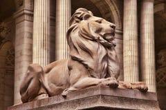Lejonstaty Royaltyfri Bild