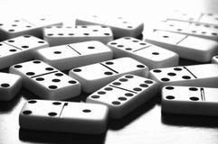 Lek av dominobrädet med inget arkivfoto