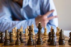 Lek av schacket arkivbilder