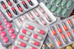 Lek kapsuła w bąbla pakować i pigułka Zdjęcie Royalty Free