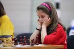 leka barn för schackflicka Royaltyfri Fotografi