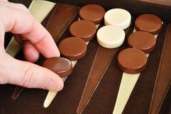 leka för backgammon Arkivfoton