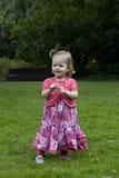 leka för flickapark Royaltyfri Fotografi