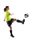 leka fotbollkvinna Royaltyfri Bild