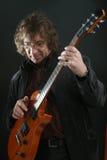Leka gitarr för vippa royaltyfri fotografi