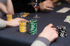 leka poker för folk arkivbilder
