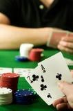leka poker för folk Arkivfoto