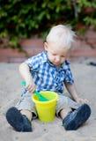 leka sandlådalitet barn Royaltyfria Bilder