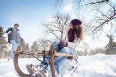 leka snow Royaltyfri Foto