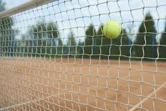 leka tennis royaltyfri foto