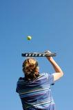 leka tennis för kvinnlig Royaltyfri Foto