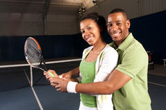 leka tennis för par Royaltyfria Foton