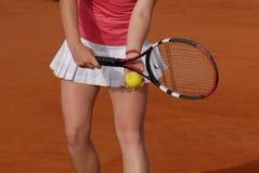leka tenniskvinna Royaltyfri Foto