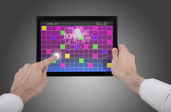 leka touchpad för modig PC för handholding male Arkivbild